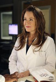 Streaming Grey S Anatomy Saison 5 Episode 10. The residents make their cases for the solo surgery, Sadie chafes at her restrictions, and Sloan battles his desires.