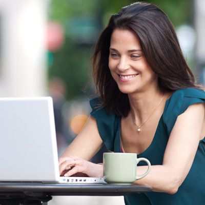10 work-from-home jobs that really pay!