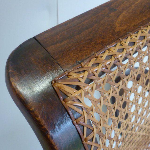 Pi di 25 fantastiche idee su sedia a dondolo in legno - Sedia dondolo design ...