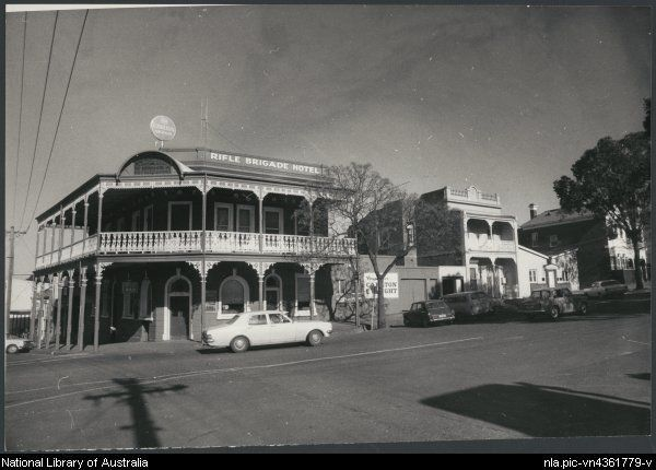 1936- The Rifle Brigade Hotel, Bendigo, Victoria, ca
