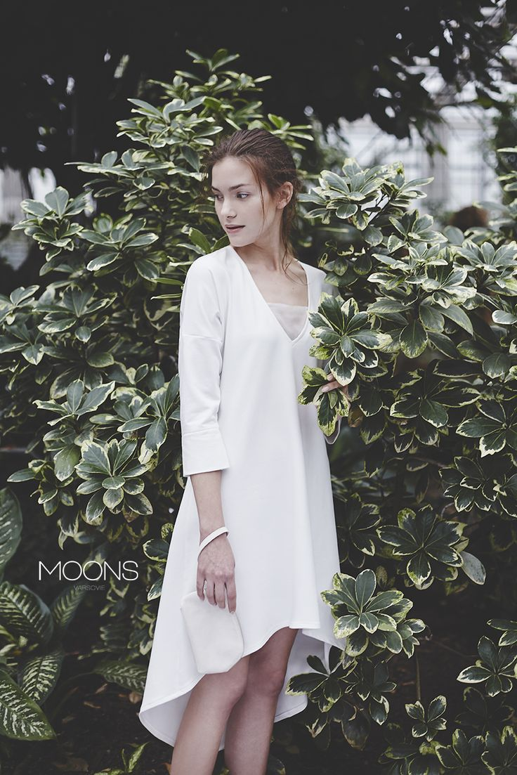 MOONS [ cana ] model. minimalistic wedding dress best for civil wedding. made in Poland. [ love for simplicity and the desire to celebrate the moment in a passionate way ]