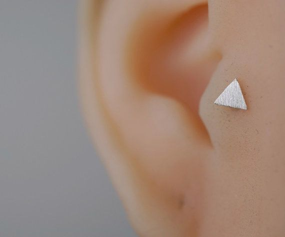 boucle doreille tragus oreille tragus piercing par cayjewelry