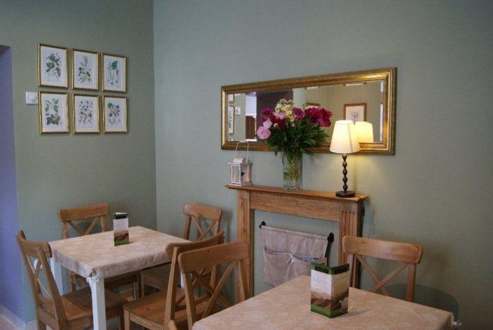 Mamy Cafe jest kawiarnią dla wszystkich. Szczególnie polecana rodzicom z malutkimi dziećmi. http://krakowforfun.com/pl/10/puby/mamy-cafe