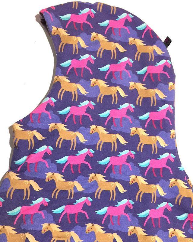 #SOLGT#elefanthue#75kr#mpbutik #heste#hestepige#hestepiger#horsigirls#horsegirlsdoitbetter #horsegirlsforlife #horsegirlies#littlehorsegirls #diy#handmade#madebyme#madebymommy#homemade#hjemmelaget #hjemmelavet#sysysy #sypigerne#syetafmor