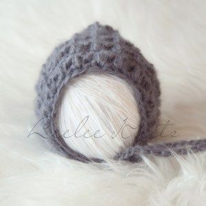 Newborn Crochet Bonnet Pattern