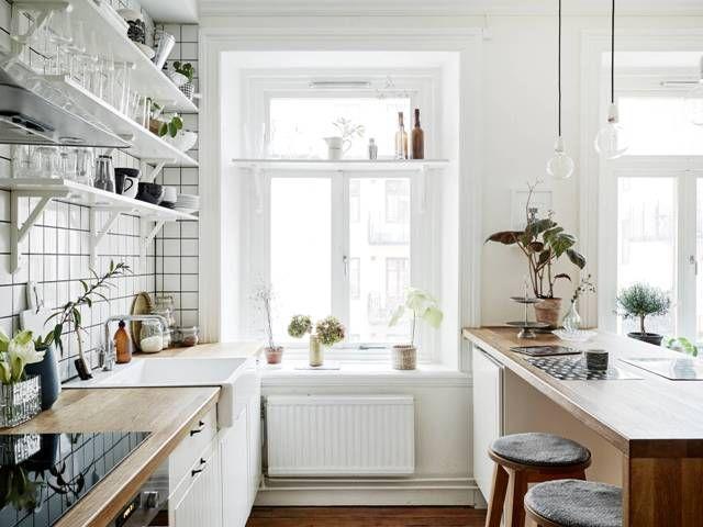 A serene Swedish home in white and wood (my scandinavian home)