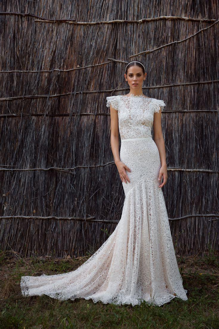 32 Unique Wedding Dresses You Probably Never Knew Existed Utah Wedding Dress Modest Wedding Dresses Wedding Dresses [ 1103 x 735 Pixel ]