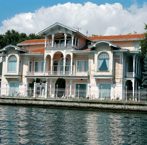 Seaside home on the Straits of Bosphorus, İstanbul, Turkey.