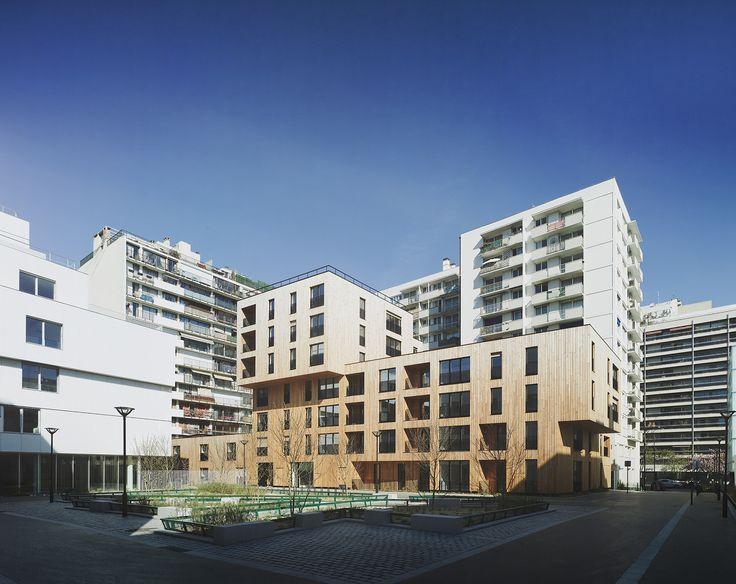 Casas na Rue de Lourmel  / TVK