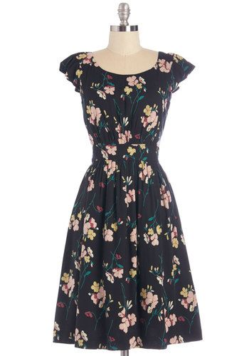 1940s plus size dress - Get What You Dessert Dress in Midnight Blossoms