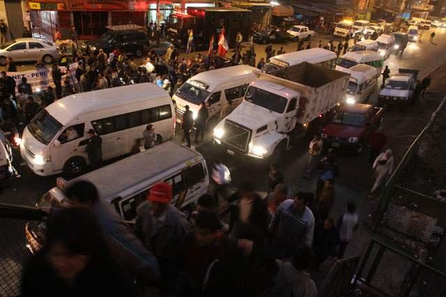 Limeños se vieron afectados por el paro de transporte.