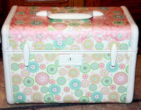 Little Camper (and Crafter) on the Prairie: Shabby Chic-ish Decoupaged Vintage Train Case