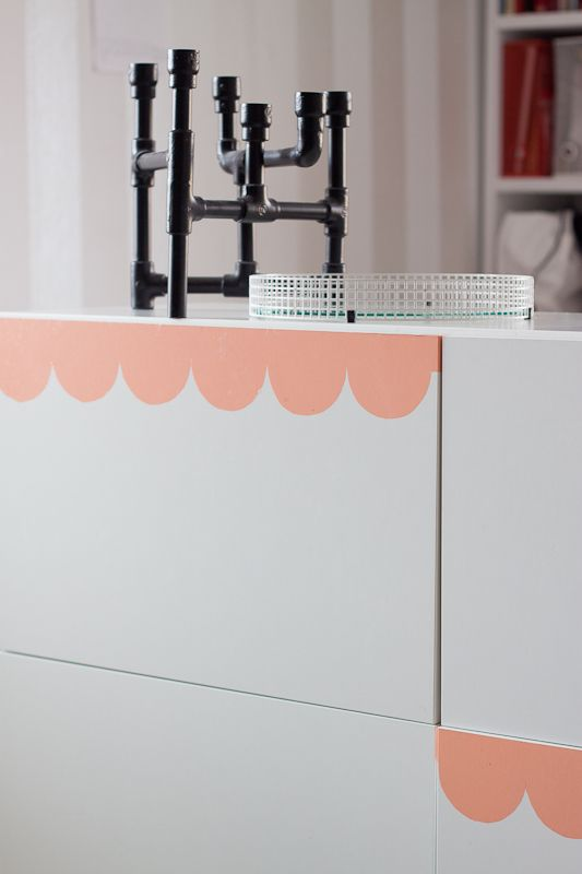 DIY Ikea Bestå makeover with dc-fix. A great example of using vinyl to create a great look!