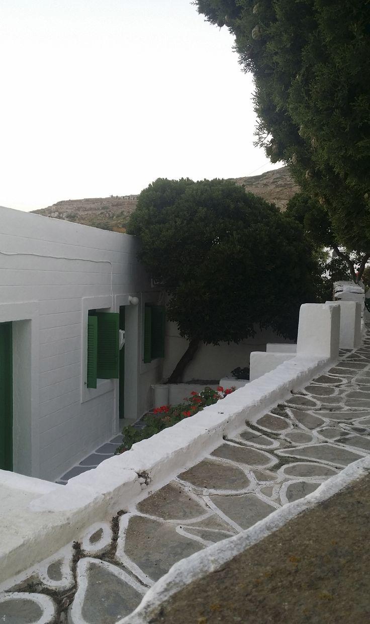 Sikinos cyclades (Σίκινος Κυκλάδες) 2015. Photo by Yiannis Divolis. www.yiannisdivoli...