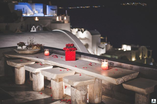 The Evening in Oia is Romantic and Wonderful.  NIGHT SET IN OIA, SANTORINI PH. ANDREA GALLUCCI ————————————————————— #thegreeceguide #YEGreece2016 #santorinisecrets #TravelingOurPlanet #athenvoice #instagreece_windows #super_greece #greecetravelgr1_ #travel_greece #tourism #tourist #travel_greece_world #great_captures_greece #DiscoverGreece #ReasonsToVisitGreece #perfect_greece #santorini #oia #amoudibay #ig_santorini #SantoriniHeavenOnEarth #ig_greece #fodorsonthego #ilovegreece…