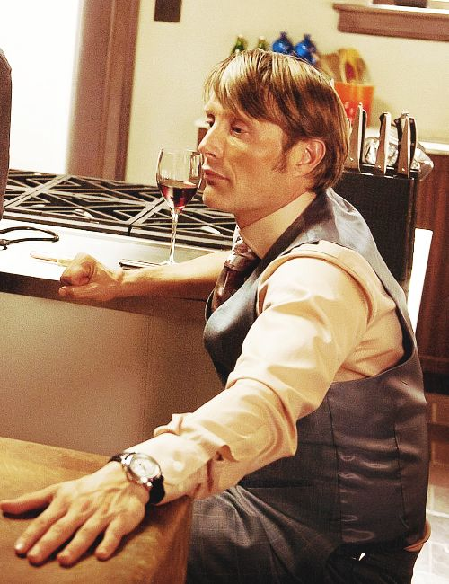 Hannibal in the kitchen: Ugh this man, this show, both so perfectly perfect..... I can't even explain.