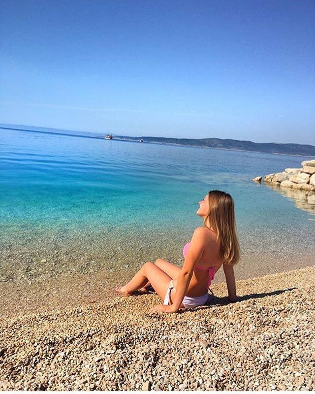 Gabrijela Wishing You A Good Morning From Brela Makarskariviera Croatia Summer Beach Beaches Beachlovers Ljeto Summer2016 Natur