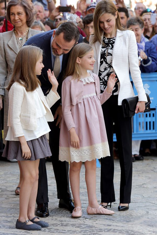 Queen Letizia attends Easter Mass with daughters Infanta Leonor, Princess of Asturias and Infanta Sofia 4/5/2014