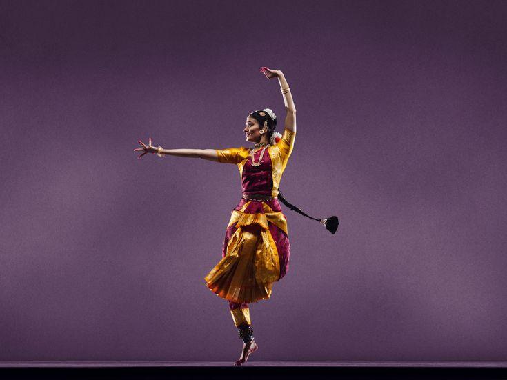 World Arts West : San Francisco Ethnic Dance Festival : Dancers : Savitha Sastry