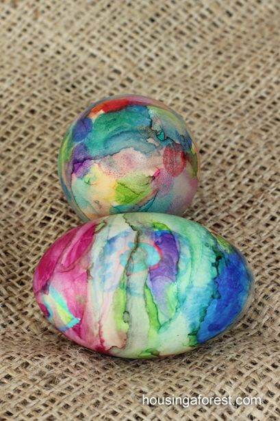 Sharpie Tie Dye Easter Eggs ~ Simple technique with beautiful results.  Fun way to color Easter Eggs!