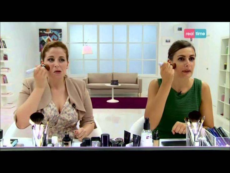 Trucco alla Audrey Hepburn Clio Make up - Real Time tv (come mettere le ciglia finte)