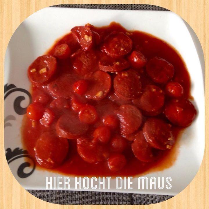 Sucuk in Tomatensauce Fleisch Menemen Hierkochtdiemaus foodblog kochblog rezept kochen backen lecker diy nefis türkisch Köln foodporn turkish cuisine
