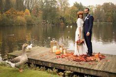 Un mariage aux couleurs de l'automne / photo Anaïs Roguiez / Robe Laure B Gady / Bijoux Mademoiselle Cereza / Fleurs C Naturel by Melle Fleuriste / Faire part : l'atelier d'Elsa