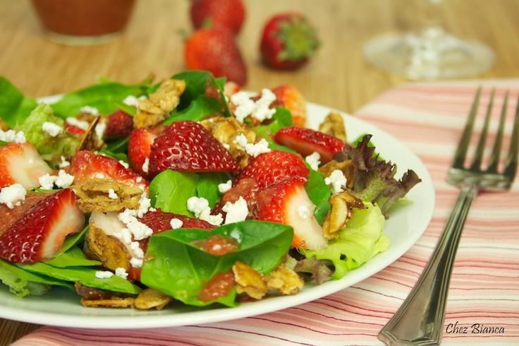 Salada com morangos e amêndoas cristalizadas « chezbianca