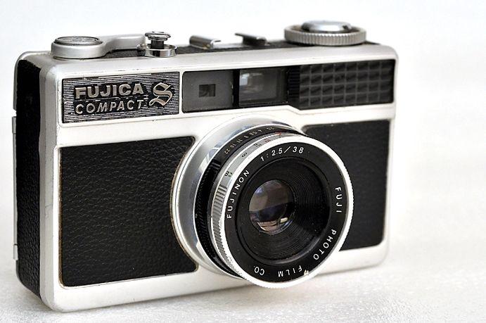 Fujica Compact-S f/2.5