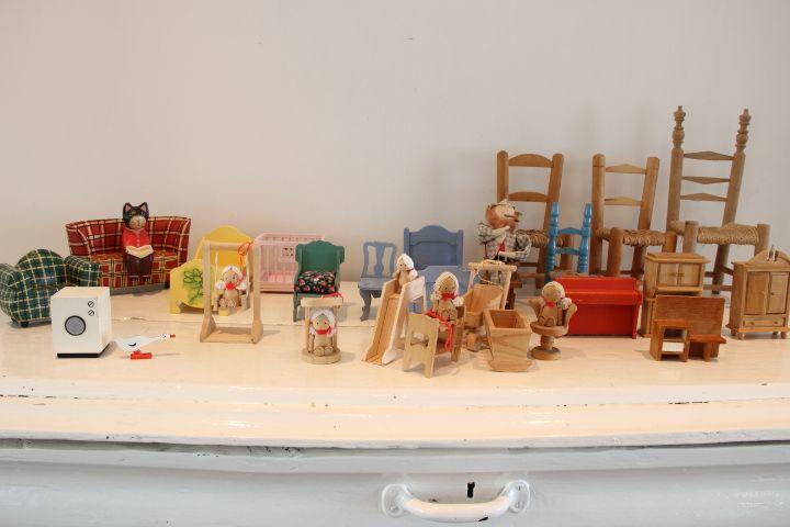 73 best images about poppenhuizen en miniaturen on for Poppenhuis te koop