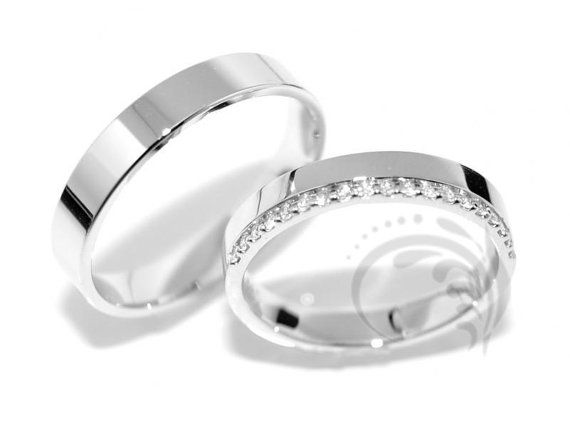 14k Gold His and Hers Men Womens Matching by CouplesWeddingRings