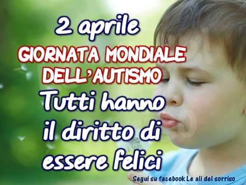 Chiesa di San Lorenzo: 2 aprile: la giornata mondiale della consapevolezza dell'autismo associata al colore blu.