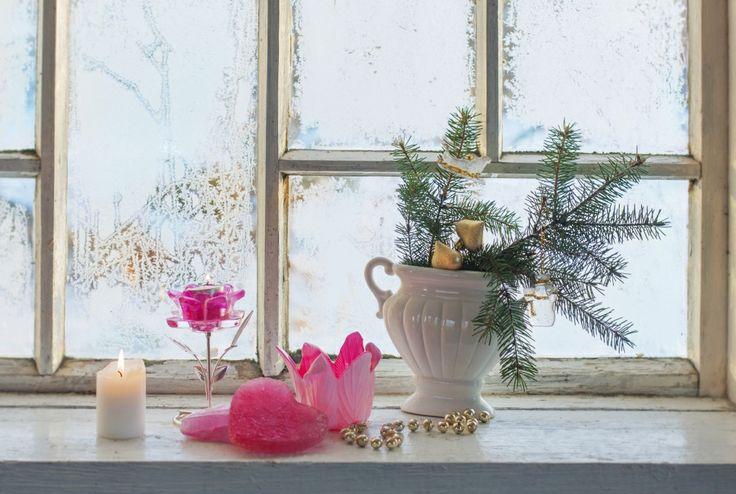 Dekoracje bożonarodzeniowe galerie, które pokazują jak pięknie można przyozdobić dom na święta. To, jak przystroimy dom na święta zależy wyłączne od naszej pomysłowości, ale zdjęcia na światecznych ozdób mogą nas zainspirować. Święta w czerwieni, złocie i bieli - zobacz oryginalne i te tradycyjne pomysły na dekoracje bożonarodzeniowe GALERIE