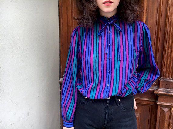 1980er vintage gestreifte Bluse mit Rüschenkragen / mit