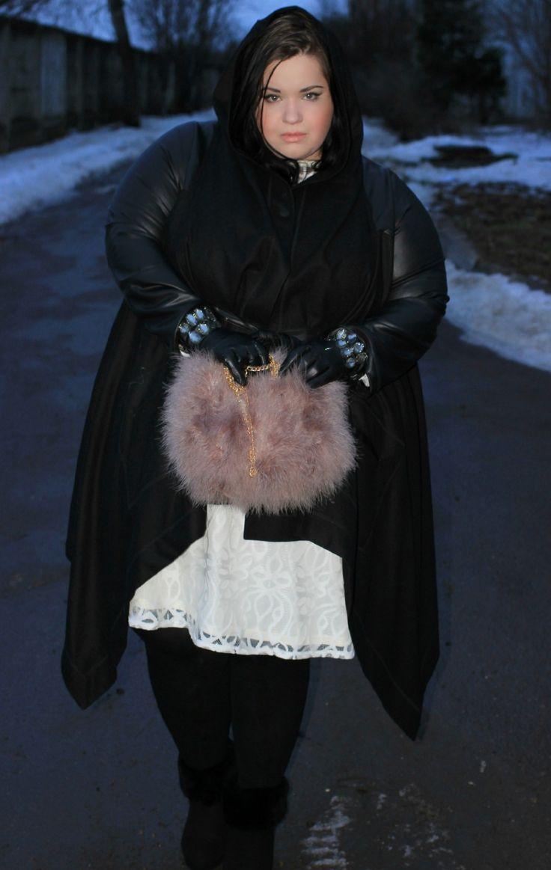 Chubby Frauen schwere Kleiderbügel