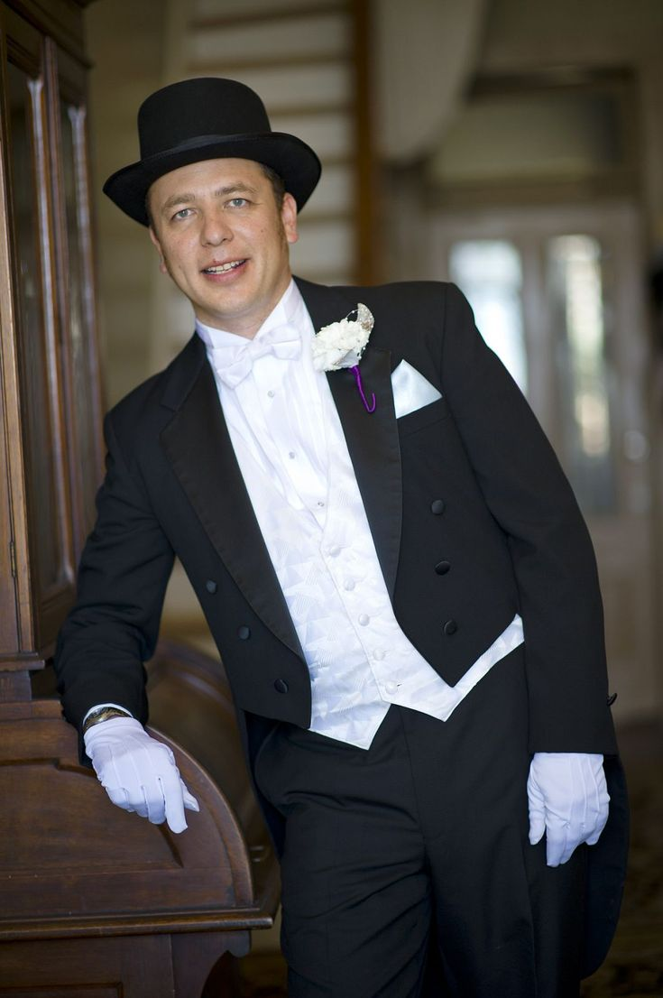 Evening dress 20s style men