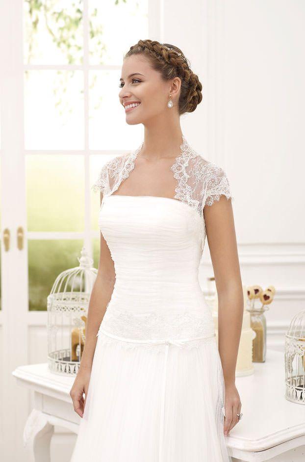 89 best Diagonal Nuvies images on Pinterest | Wedding frocks, Bridal ...
