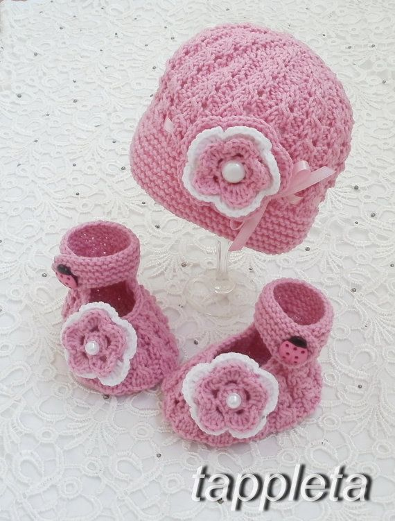 Hat and booties, pink, 0-12 months, Set knitted with flower, baby girl, newborn hat, clothing baptism, babyshower, gift, knitted booties