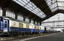 Musee du Monde Arabe: walk on the trains of the Orient Express