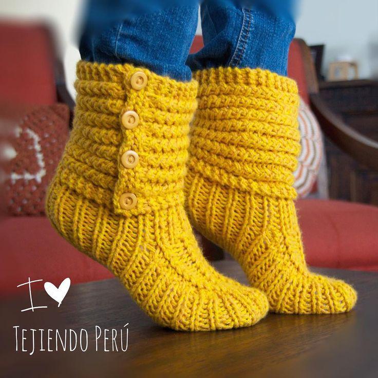 Tejer paso a paso: botas de casa tejidas en dos agujas o palitos... video tutorial del paso a paso! ༺✿ƬⱤღ✿༻