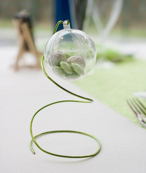 décorrations fait avec fil Aluminium pour table de mariage   en fait mes boules sont trop grosses,