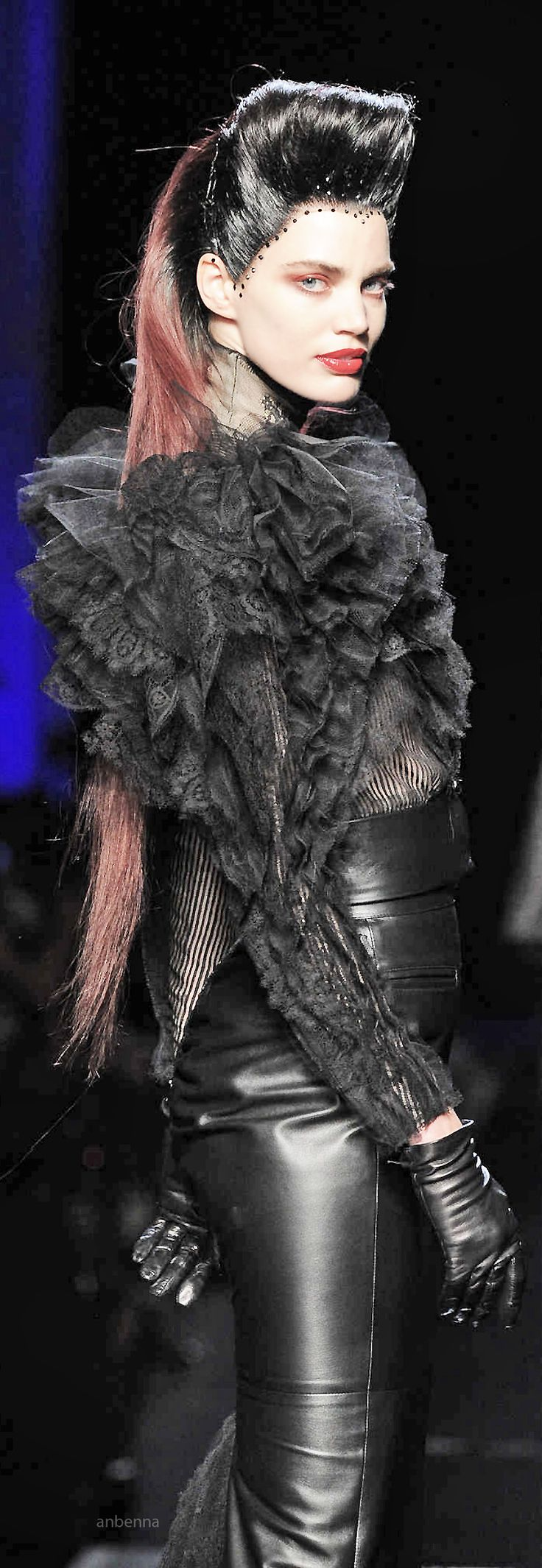 `✿⊱╮LeaTHeR `✿⊱╮Jean Paul Gaultier