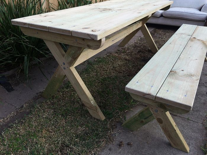 crossed leg table and bench