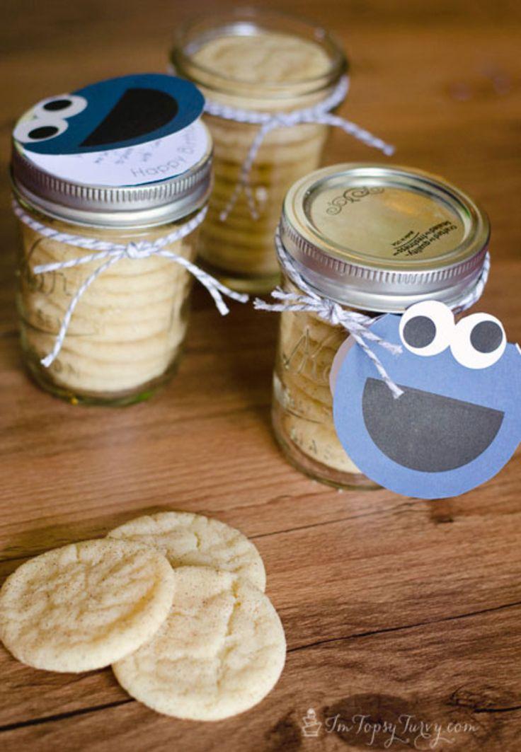 Free Cookie Monster Birthday Gift Tag printables! Cookies in a jar!