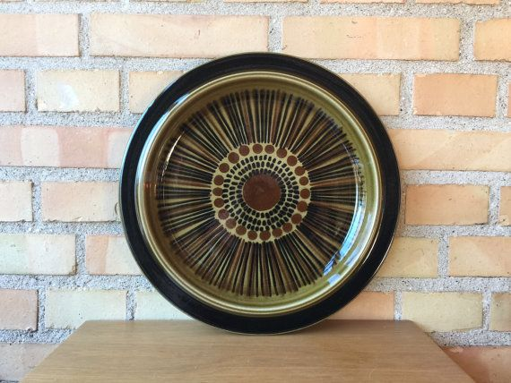 #Kosmos #Arabia #Finland big serving plate by Gunvor #Olin-Gronqvist, 1960s-1970s hand painted #modernist #dinnerware by QuirkySundays
