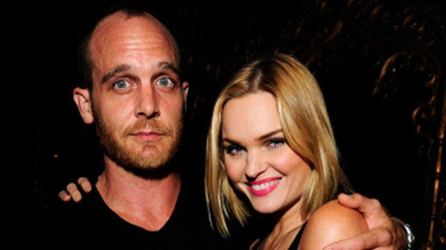 Ethan Embry confirms engagement to ex-wife Sunny Mabrey  Read more: http://www.bellenews.com/2015/02/16/entertainment/ethan-embry-confirms-engagement-ex-wife-sunny-mabrey/#ixzz3RuKAJdC2 Follow us: @bellenews on Twitter | bellenewscom on Facebook