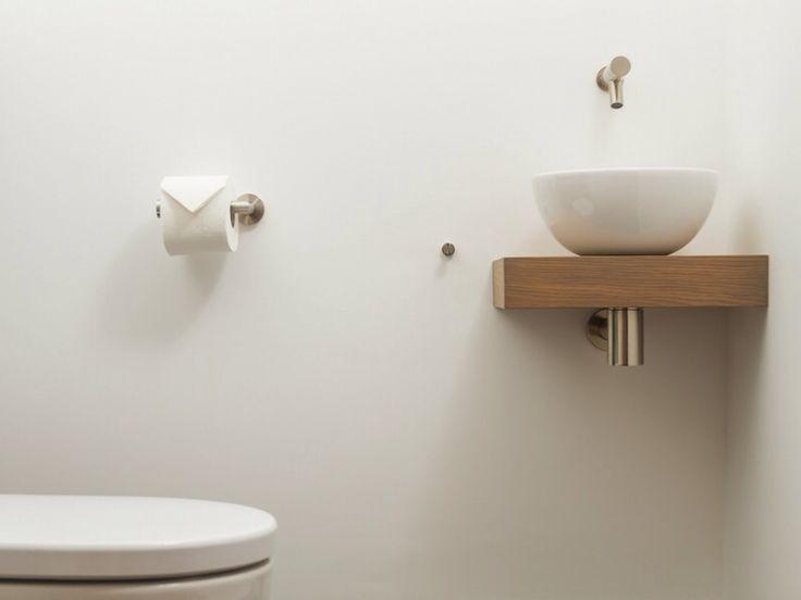 25 beste idee n over toilet beneden op pinterest kleine toiletruimte toiletruimte en wc - Wc c olour grijze ...