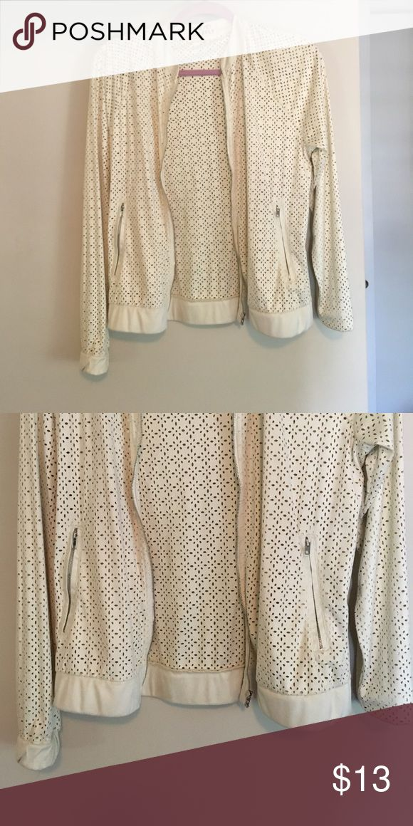 Thread & Supply • Cream zip up jacket Cute cream jacket perfect for summer nights- worn zipped up or left open. Never worn Thread & Supply Jackets & Coats