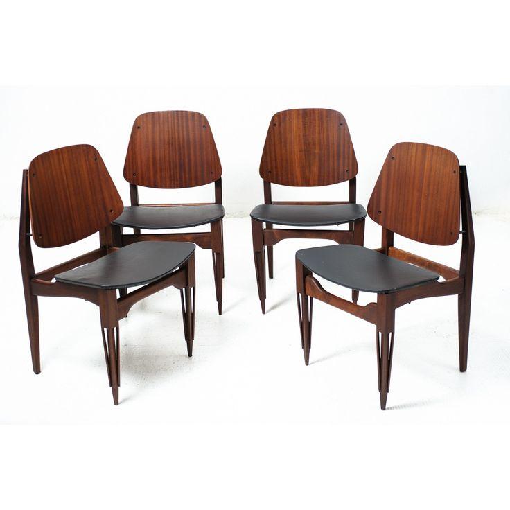 Set di quattro sedie anni 50 in legno curvato colori marrone nero in legno e skay originale