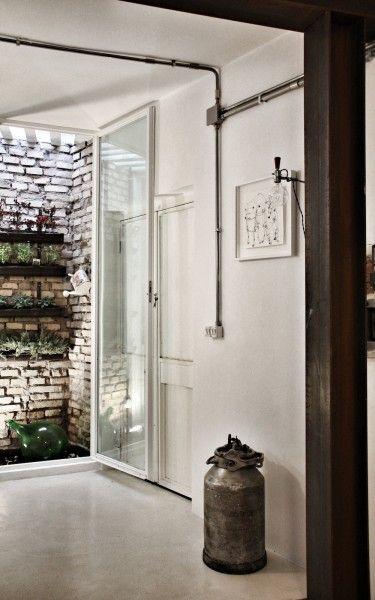 prix pour refaire electricite dans une maison electricien. Black Bedroom Furniture Sets. Home Design Ideas